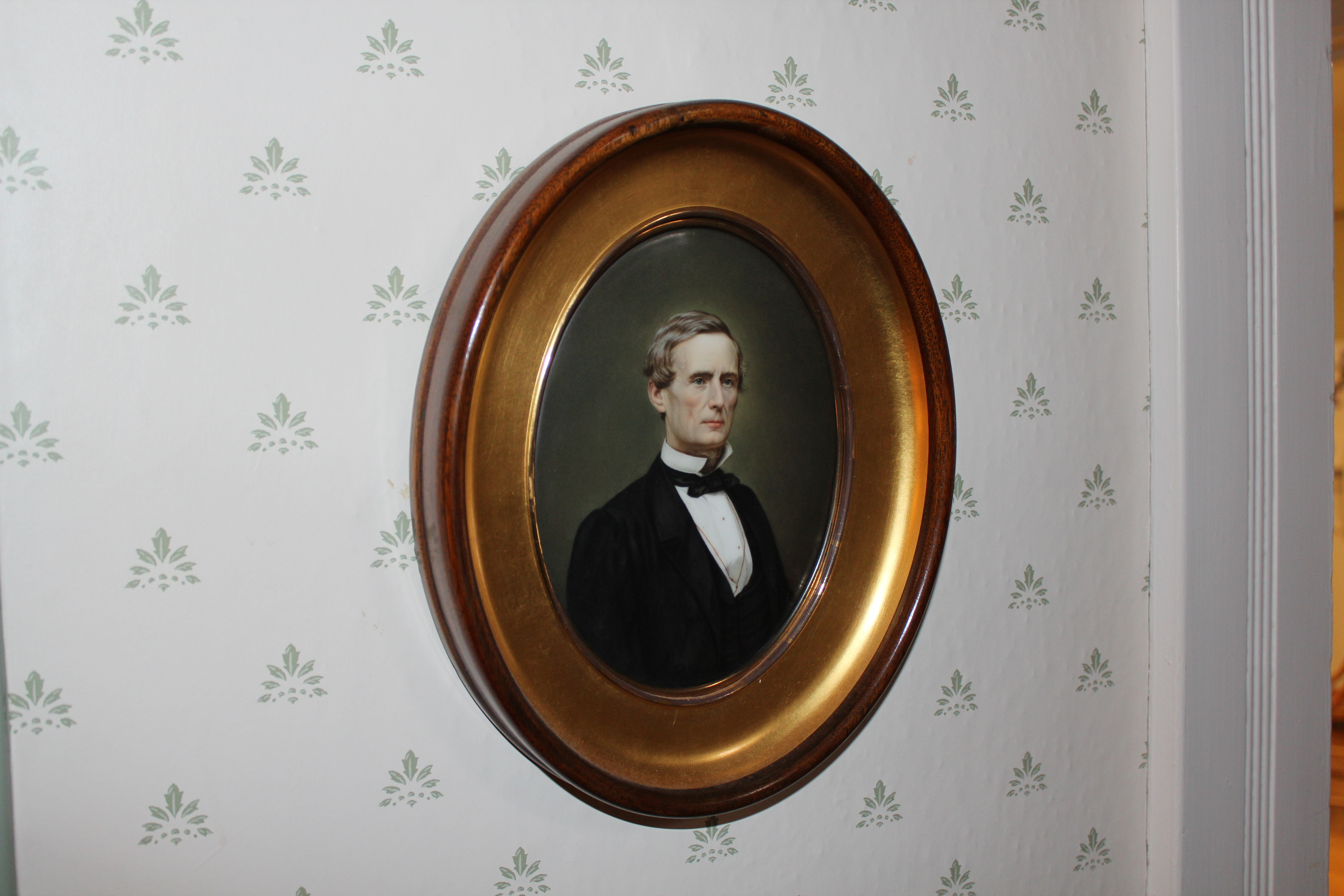 Portrait of Jefferson Davis on porcelain